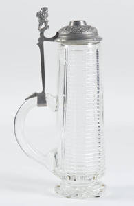 Glass stein with 4F shield and dwarf thumb lift