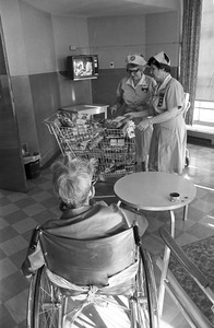 Christmas presents at old Soldiers Home, Chelsea