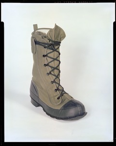Footwear, aircrew mens insulated boot